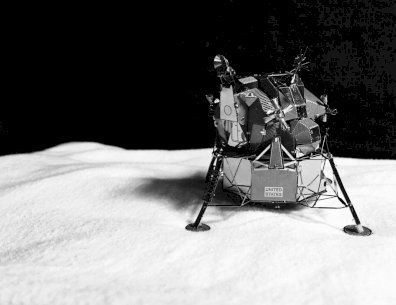 Apollo Lunar Model Kit